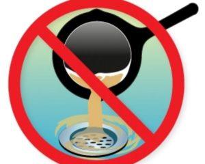 Nu mai arunca uleiul alimentar uzat! Îl reciclezi, nu poluezi și… ghici ce câștigi?