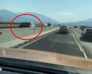 VIDEO Bărbat de 79 de ani, filmat conducând pe contrasens pe centura Braşovului