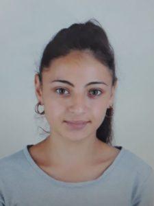 O adolescentă din Brașov a dispărut de acasă