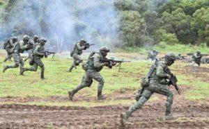 Exercițiu de luptă cu muniție reală, în pădurile din Săcele