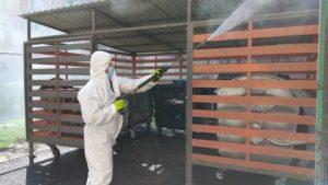 Comprest continuă igienizarea şi dezinfecţia platformelor de gunoi