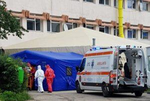 Brașovul nu mai are locuri în spitalele covid! Pacienții pozitivi sunt direcționați în alte zone