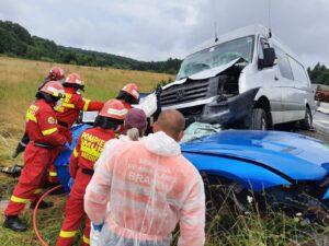 Accident rutier cu cinci victime, pe DN1. O persoană este inconștientă