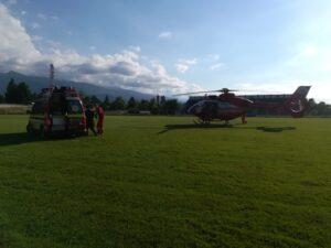 Turistă rănită în Munţii Făgăraş, preluată de un elicopter SMURD (FOTO)