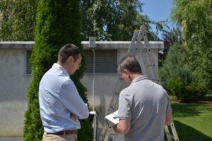 Se poate monitoriza calitatea aerului din Brașov cu ajutorul senzorilor montați de Primărie în 12 zone