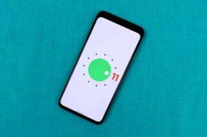 Google a lansat Android 11. Pe ce telefoane va fi disponibil