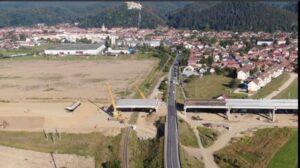 VIDEO Constructorul vrea să termine ciotul de autostradă Cristian-Râșnov până la finele anului