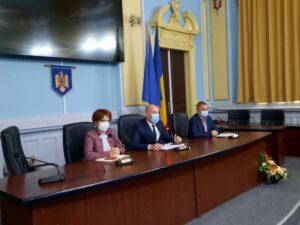 """Prefectul Brașovului: """"Avem mai multe focare COVID-19 în instituții publice!"""""""