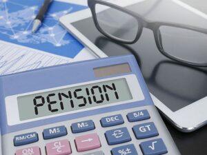 Ce categorii de persoane beneficiază de reducerea vârstei de pensionare cu 2 ani