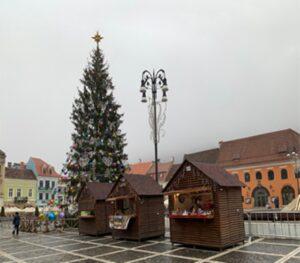 A fost deschis Târgul de Crăciun în Piața Sfatului!