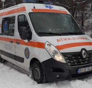Bărbat intrat în șoc hipotermic, salvat de un jandarm și un angajat al Crucii Roșii Brașov!