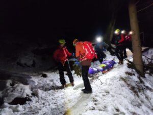 Weekend de foc pentru salvamontiștii brașoveni. Tinere salvate din avalanșă, în Masivul Bucegi