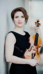 Solista Ioana Cristina Goicea, în concert, la Filarmonica Brașov