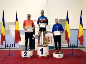 Profesorul Marius Olteanu din Moieciu, campion naţional la 1.500 m