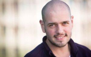 Celebrul vlogger BRomania a fost prins drogat la volan, la Râșnov!
