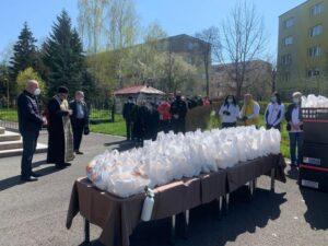Tradiția unei mese calde la Micșunica, reluată la un an de la izbucnirea pandemiei