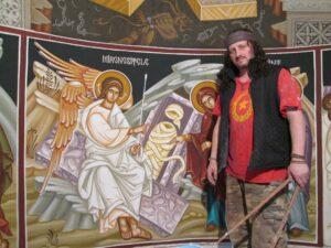 Povestea incredibilă a brașoveanului Gabriel Florea: rocker, mecanic în turnătorie, grafician SF, pictor de biserici