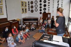 Programul de educație muzeală dedicat copiilor continuă și miercurea viitoare, la Muzeul Casa Mureșenilor. Ce au învățat, astăzi, participanții?