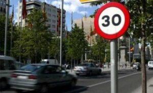 În paralel cu tramvaiul, Coliban vrea reducerea vitezei la 30 km/oră în Brașov