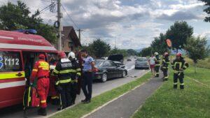 Accident pe DN73! Unul dintre șoferi, care nu avea permis, a fugit de la locul faptei