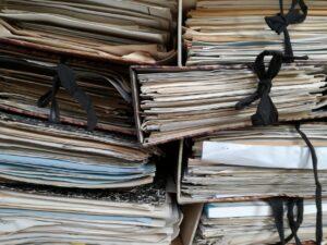 Fisetul metalic, un tip distinct de dulap, numai pentru dosare, bibliorafturi și papetărie!